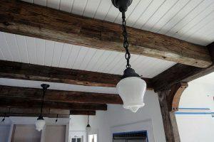 Освещение деревянного дома