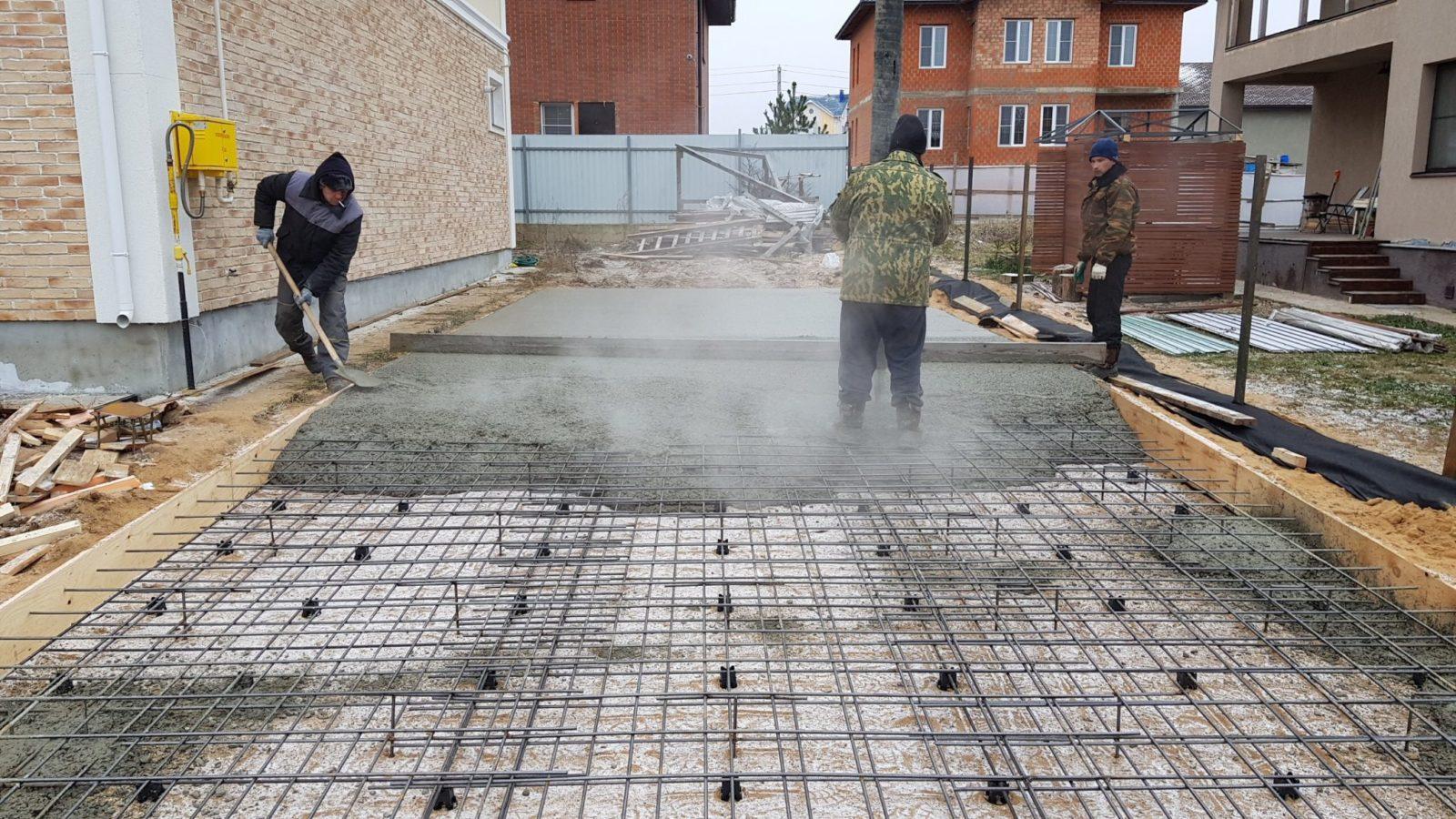 Монтаж бетонной смеси проливка бетоном